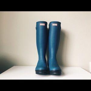 Blue Zip-Up Hunter Boots